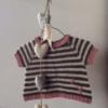 Bellas Sommerbluse - strikket babybluse